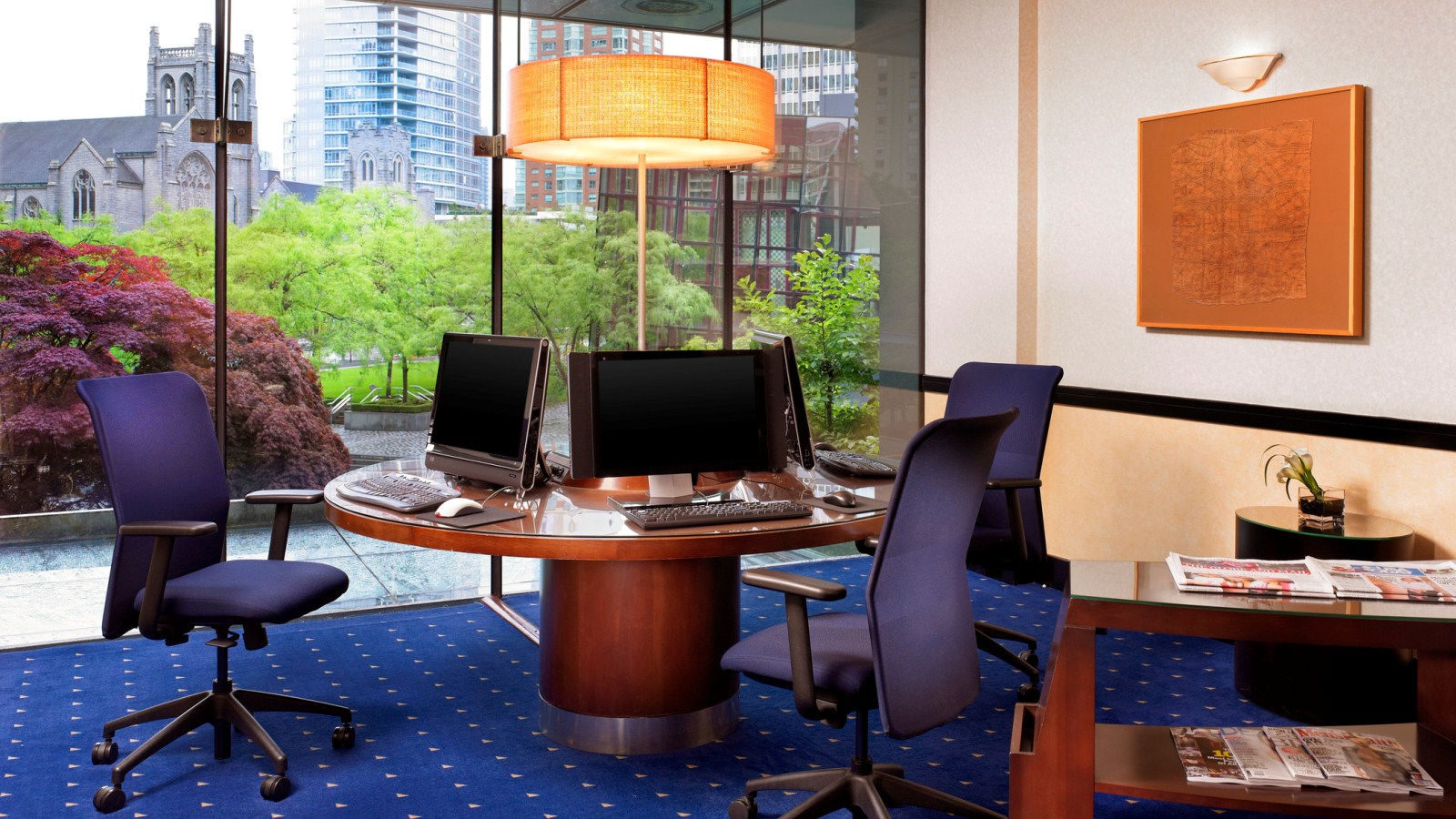 Downtown Vancouver Hotel Features - Business Center